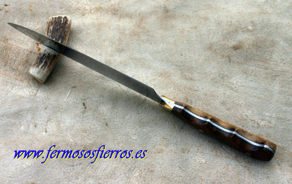 cuchillo argentino inoxidable