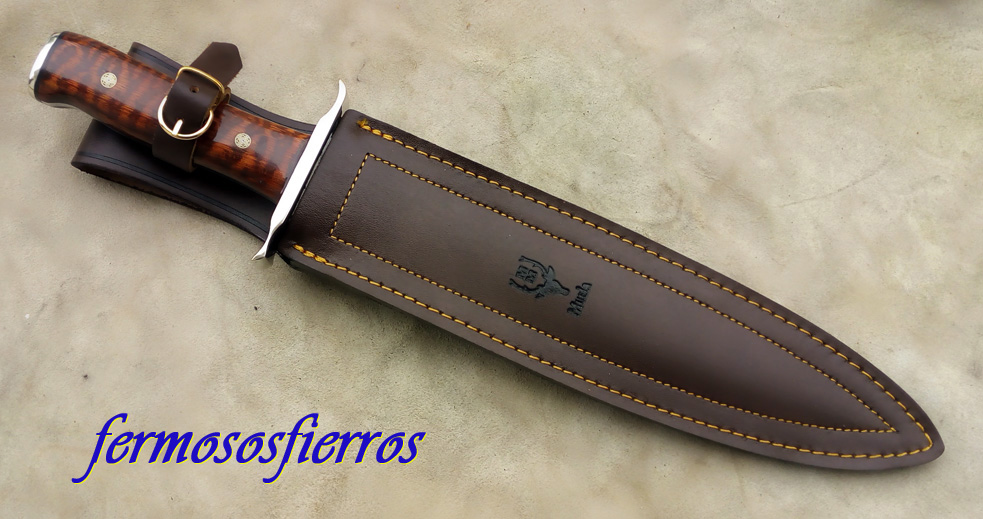 muela podenquero custom knife