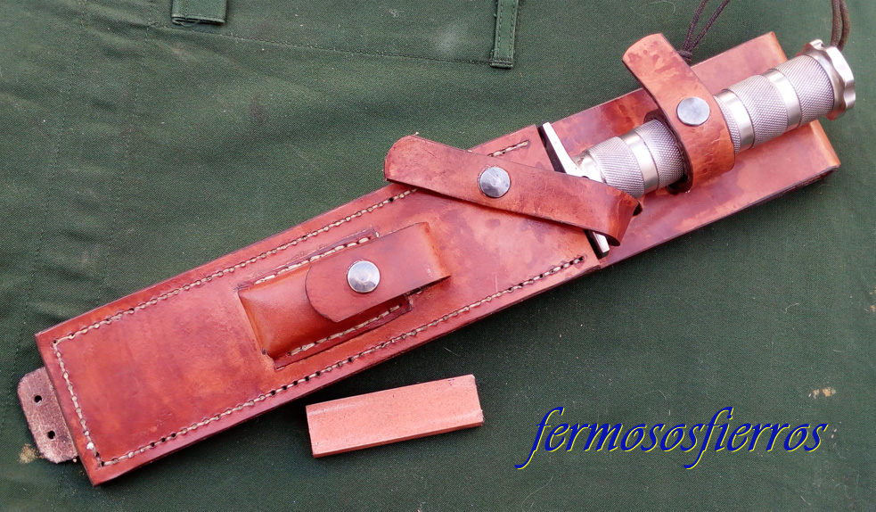 Jungle King leather sheath